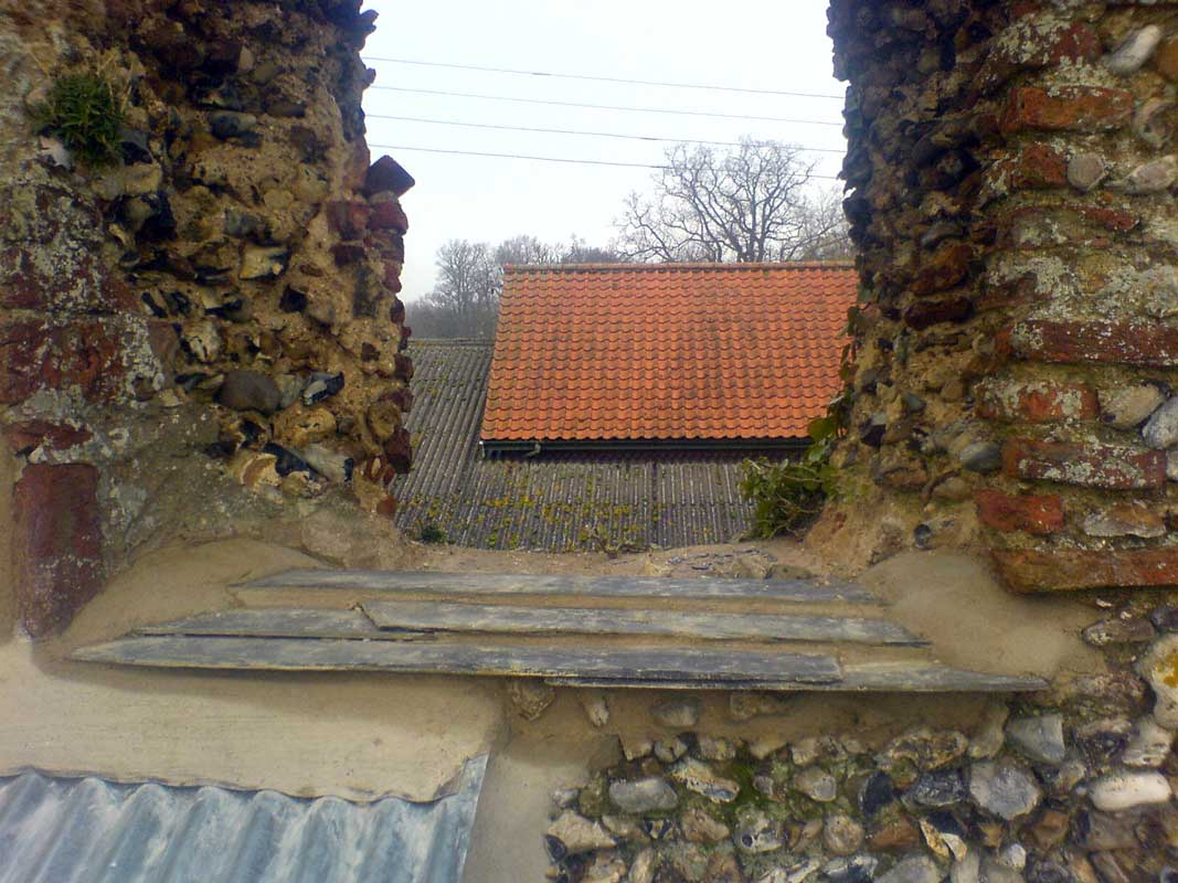 flint wall re pointing
