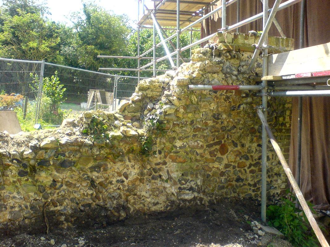 flint wall rebuild